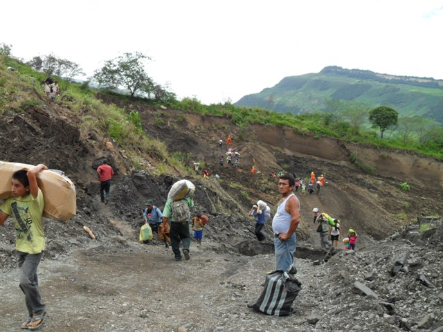 Crossing Peru Landslide Between Bagua and Pedro Ruiz
