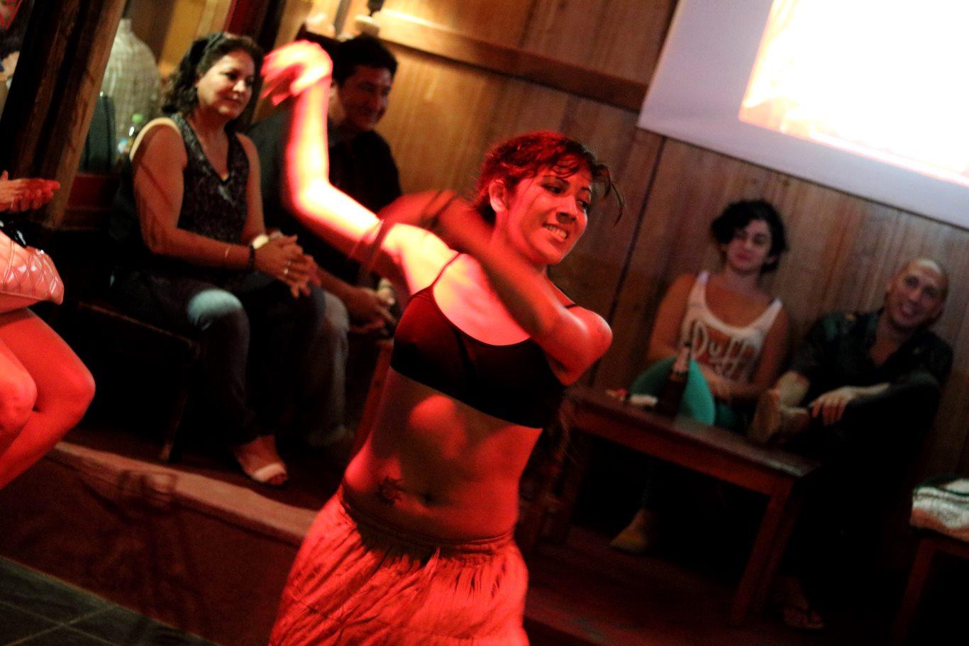 Susan Alvan dancing in Tarapoto